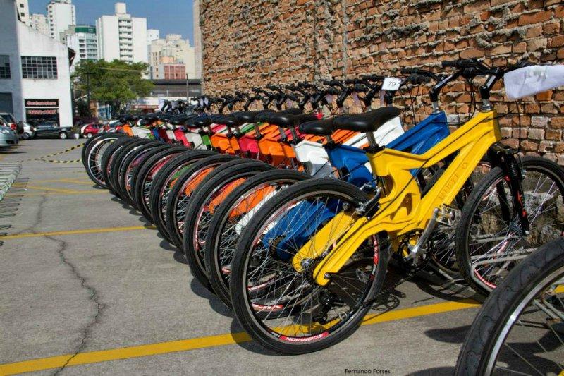 A primeira bicicleta de plástico reciclado do mundo é brasileira