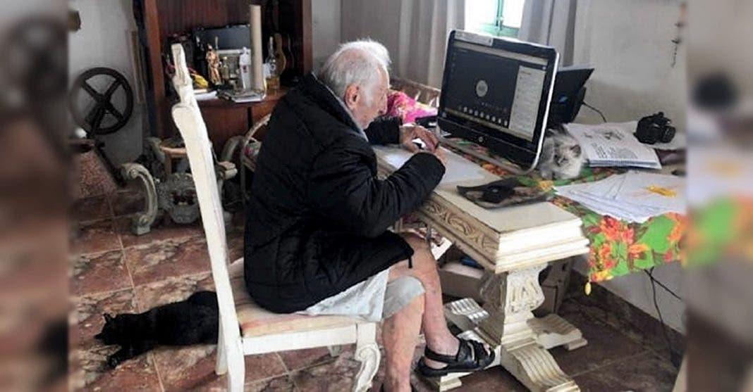 Mesmo sem entender nada de tecnologia, senhor de 92 anos não quer largar universidade