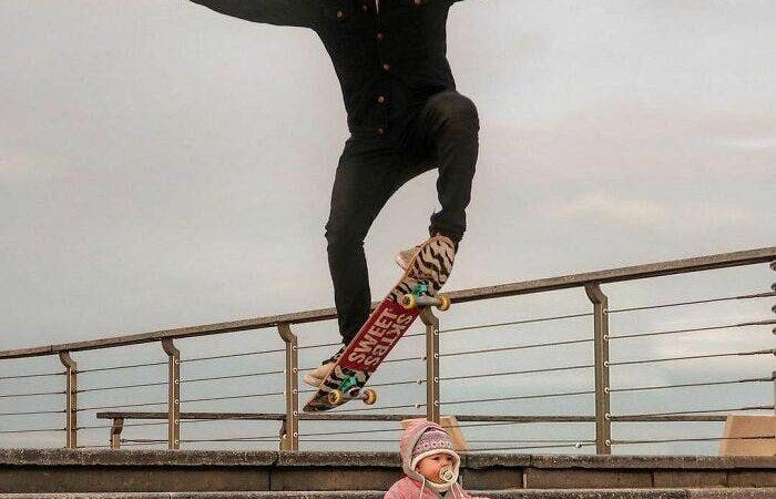 Pai criativo manda fotos editadas para namorada sempre que ela perguntava se o bebê estava bem