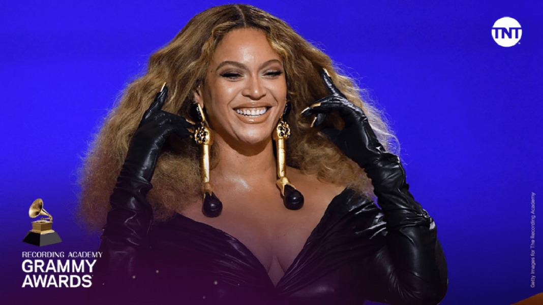 Rainha do Mundo: Beyoncé se torna a artista mais premiada da história do Grammy