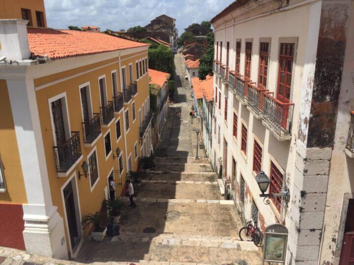 Conheça a Rua do Giz, eleita a sexta rua mais bonita do Brasil pela Casa Vogue