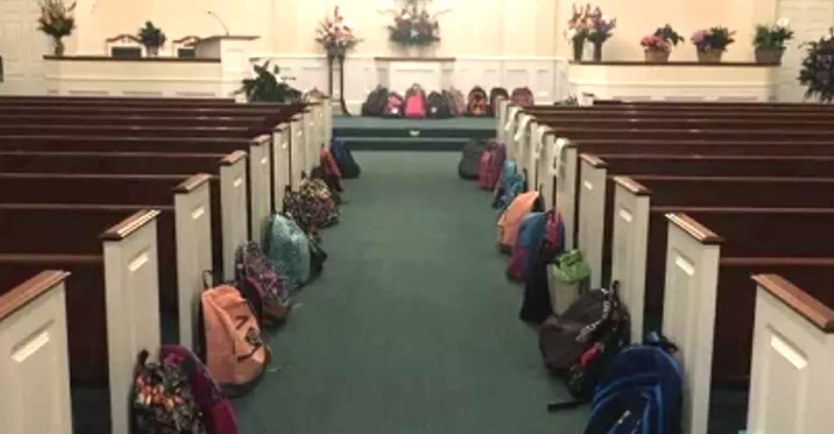 Alunos realizam último desejo de professora com câncer e arrecadam materiais escolares em seu funeral
